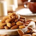 Combattere il diabete mangiando mandorle