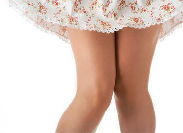 Sindrome del ginocchio da scrivania: rischi e rimedi