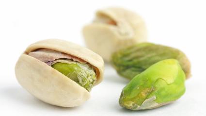 La Vitamina E dei pistacchi previene l'infarto degli ex fumatori