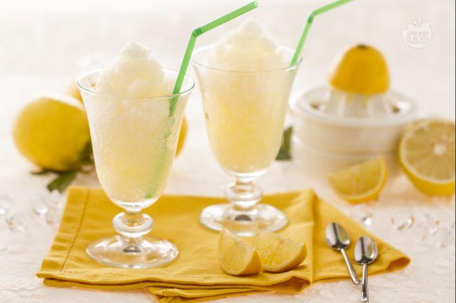 Granita al limone ricetta bimby cremosa