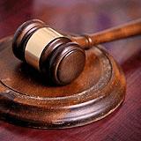 Tetraplegico dopo i rulli del genodrome: Marchetti porta Ciao Darwin in tribunale