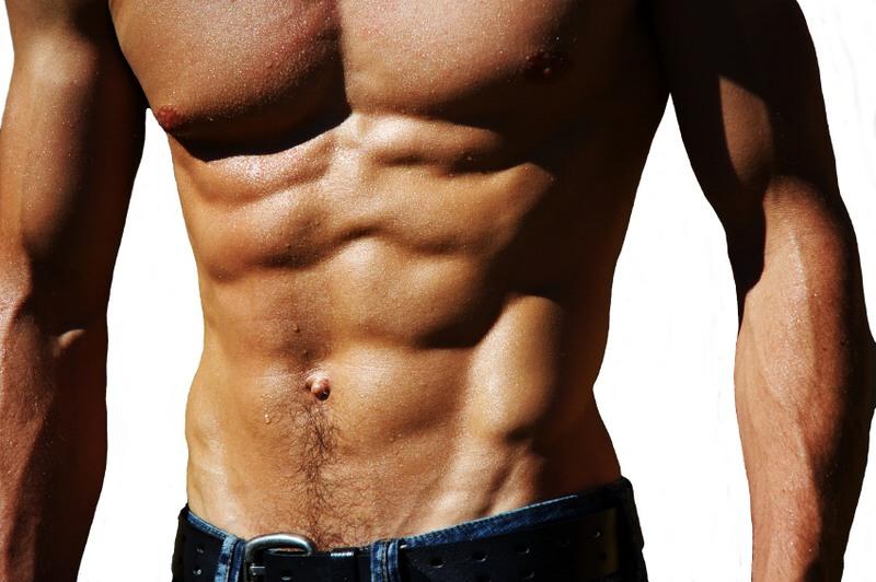 Dieta per pancia piatta uomo: come dimagrire i fianchi