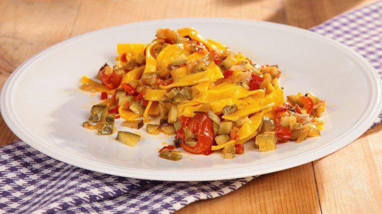 La ricetta delle tagliatelle al sugo di verdure con il Bimby