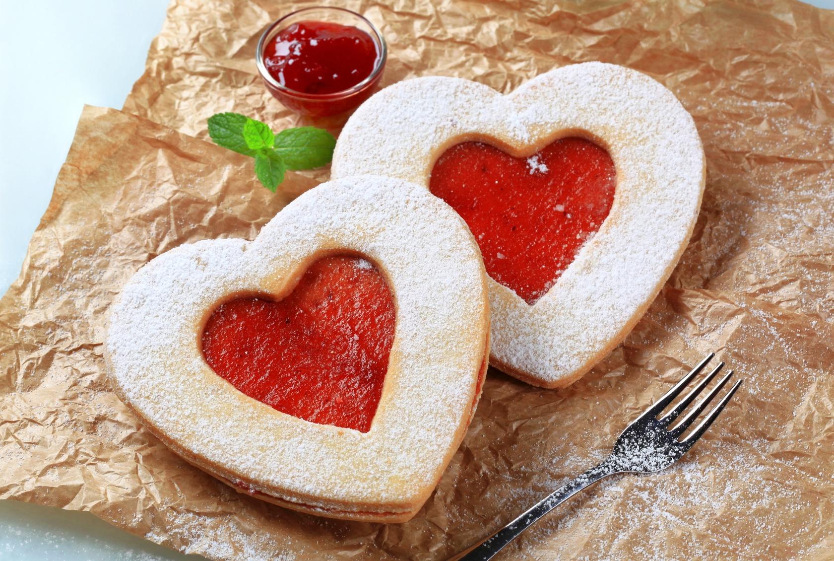San valentino biscotti a forma di cuore ricetta bimby for Pensierini di san valentino
