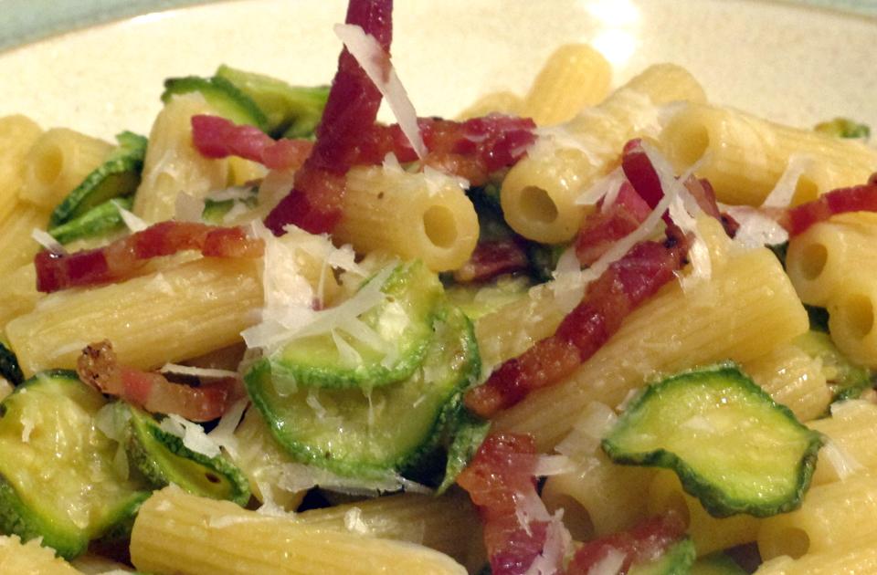 Pasta con zucchine e pancetta ricetta Bimby