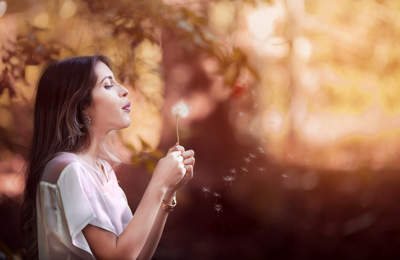 Menopausa e capelli: ecco come far fronte ai cambiamenti