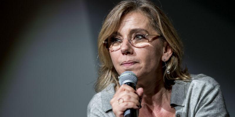"Concita De Gregorio a DiMartedì su AstraZeneca: ""Vittima dei poteri forti"""