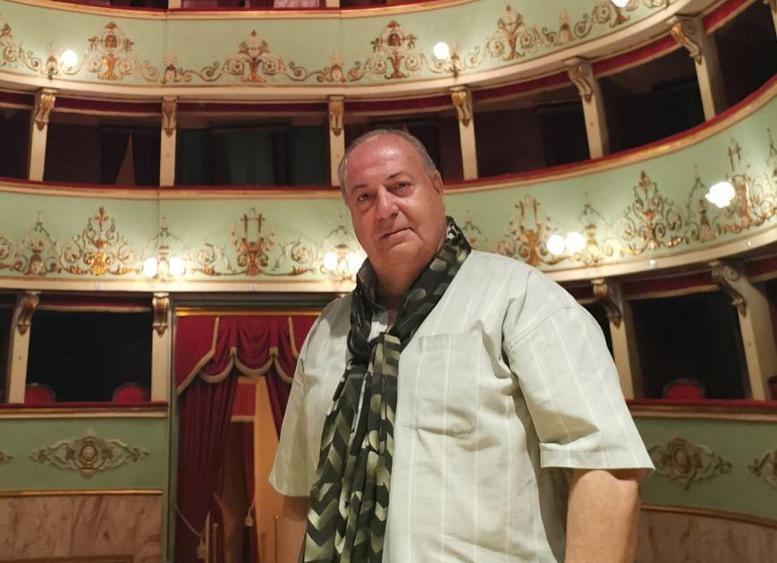 Covid, muore il baritono Giorgio Gatti